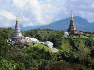 Die Chedis des Königs und der Königin auf dem Doi Inthanon bei Chiang Mai