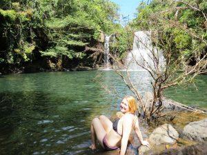 Baden im Klong Chao Wasserfall auf Koh Kood