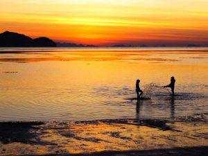 Sonnenuntergang am Strand von Koh Phangan