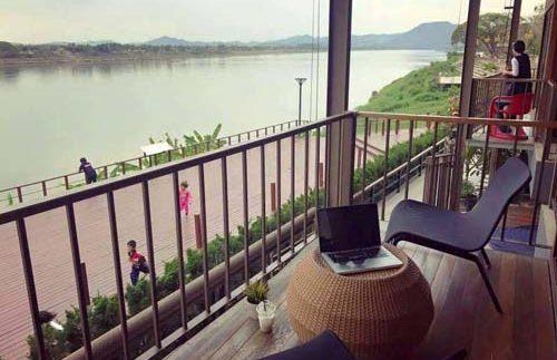 Blick vom Balkon auf den Mekong in Chiang Khan