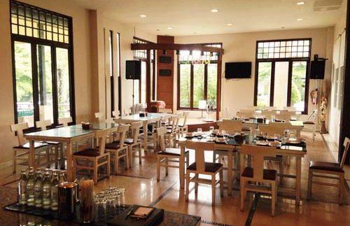 Restaurant im Hotel in Loei