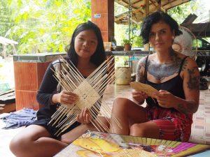 Nehmen Sie für einen Tag am Leben im Dorf Baan Laem Makham teil