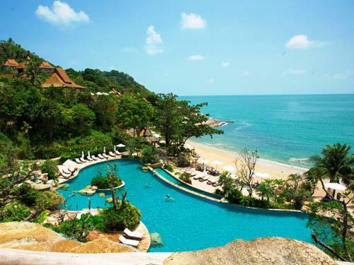 Einladender Pool im Hotel auf Koh Chang