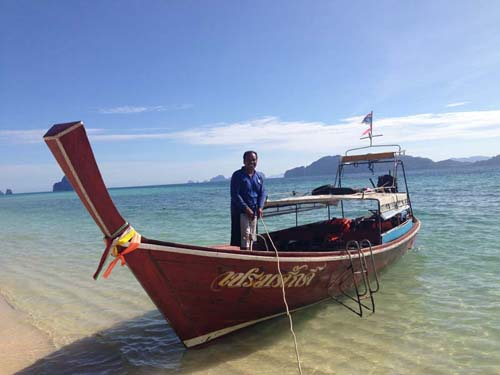 Anreise mit dem Longtailboot
