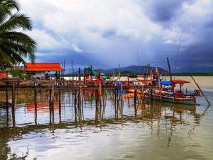 Pier auf Koh Kho Khao