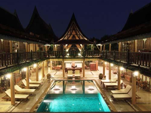 Pool im Innenhof im Hotel in Sukhothai
