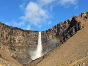 Hengifoss Wasserfall bei Egilsstadir