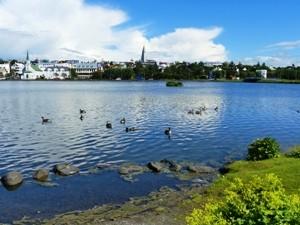Die Aussicht auf Reykjaviks Hafen