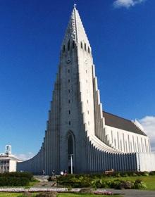Island Reykjavik: Das Wahrzeichen der Hauptstadt: die Hallgrimskirkja