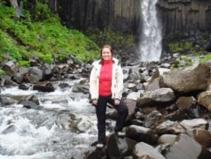 Islandreise zum Svartifoss Wasserfall