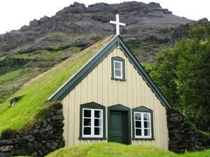 Torfkirche im Skaftafell Nationalpark