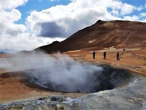 Dampfende Quellen am See Myvatn