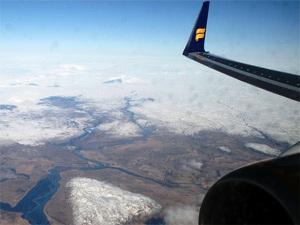 Mit dem Flugzeug zurück in die Heimat