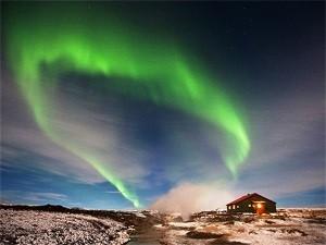 Erleben Sie Nordlichter in Island im Winter