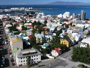 Island Highlights island-reykjavik-von-oben