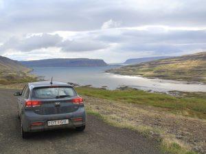 Island Rundreise Auto island-westfjorde-ausblick-mietwagen