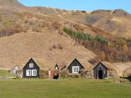 Grasoden Häuschen in Island