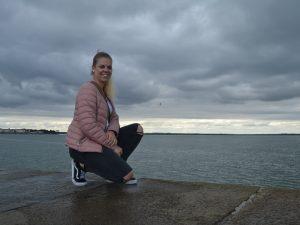 Island Reisespezialistin Laura
