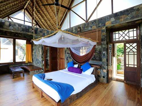 Komfortable Zimmer mit weitläufigem Blick