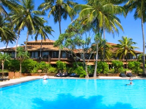 Komfortable Unterkunft in Negombo mit Pool