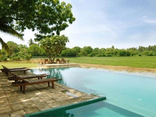 Ein Pool zum erfrischen