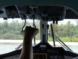 Mit dem Wasserflugzeug auf die Malediven