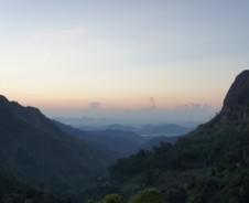 Auf, zum Bergpanorama von Ella