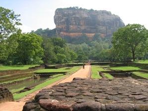 Sigiriya Felsen aus besonderer Perspektive