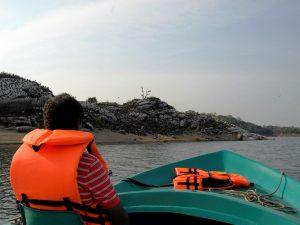 Mit dem Boot in Sir Lanka unterwegs