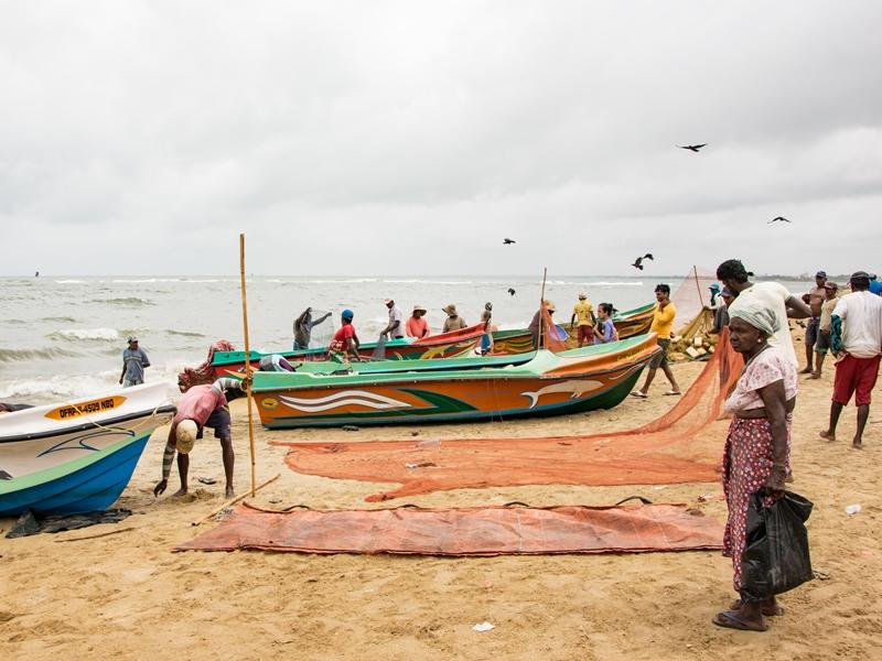Fischer am Strand von Negombo