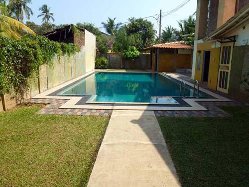 Ein erfrischender Pool zur Abkühlung