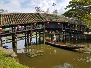 Weiterfahrt vom Phong Nha Ke Bang Nationalpark nach Hue
