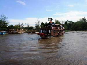 Auf dem Mekong übernachten