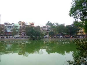 Blick über den Hoan Kiem See in Hanoi
