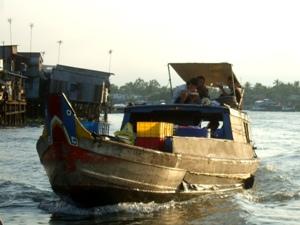 Transport über den Mekong