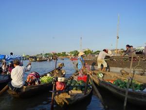 2 Wochen Vietnam: Schwimmender Markt im Mekong Delta