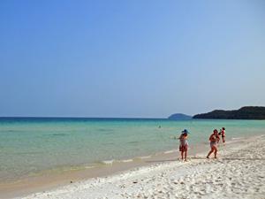 Vietnam Strandurlaub: Spaziergang am Meer
