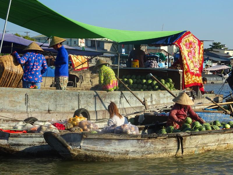 Schwimmende Märkte auf dem Mekong und entspannte Tage auf Phu Quoc