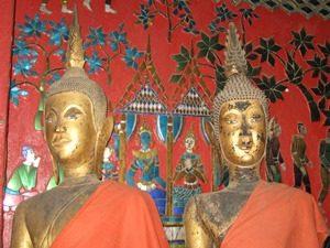 Buddha-Statuen in Luang Prabang