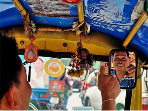 Tuk Tuk Fahrer in Laos