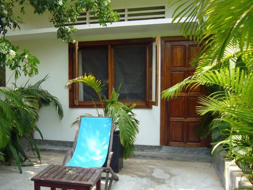 Vor Ihrem Zimmer in Phnom Penh entspannen