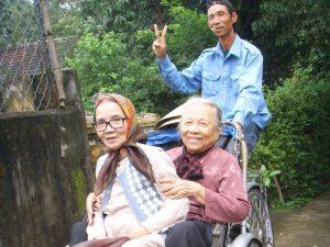 Rikscha in Vietnam fahren als Transportmittel