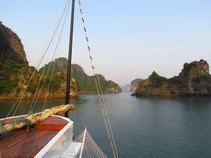 Landschaft in der Bai Tu Long Bucht