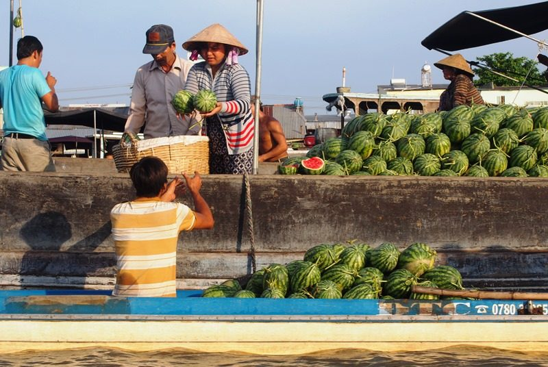 Die schwimmenden Märkte im Mekong Delta sind ein Highlight in Süd Vietnam