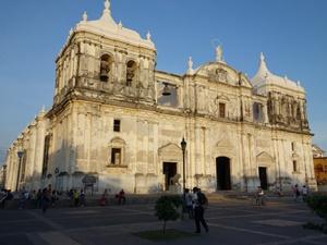 kathedrale-leon-nicaragua