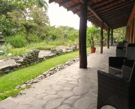 Terrasse der Komfortunterkunft in Sarapiqui