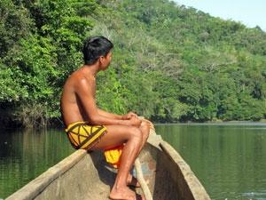 Mit dem Kanu zu den Embera Indianern in Panama