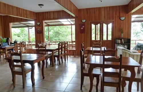 Lounge im Hotel in Santa Elena