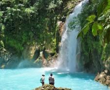 Wandern zum türkisblauen Wasserfall des Rio Celeste