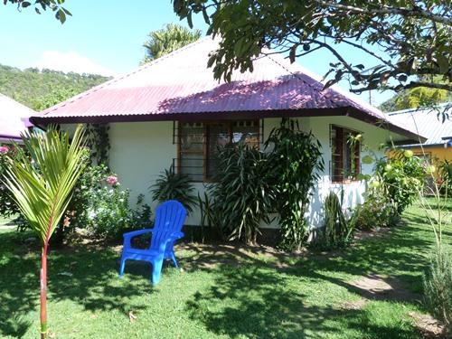 Gartenlandschaft der Lodge